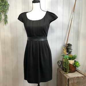 Kay Unger Faux Belted Leather  Waist LBD 6